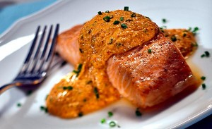 Roasted Red Pepper Pesto Salmon